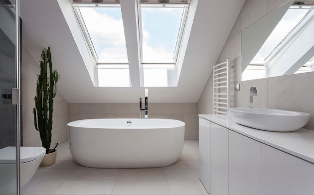 Minimalist white bathroom ideas