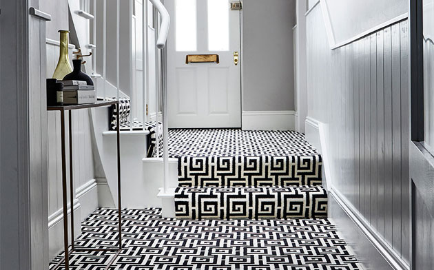 Quick ways to spruce up your hallway